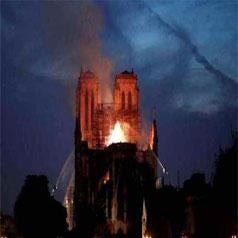 The Fire Of Notre Dame de Paris Grieves The World