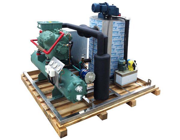 Maintenance of Flake Ice Machine Evaporator